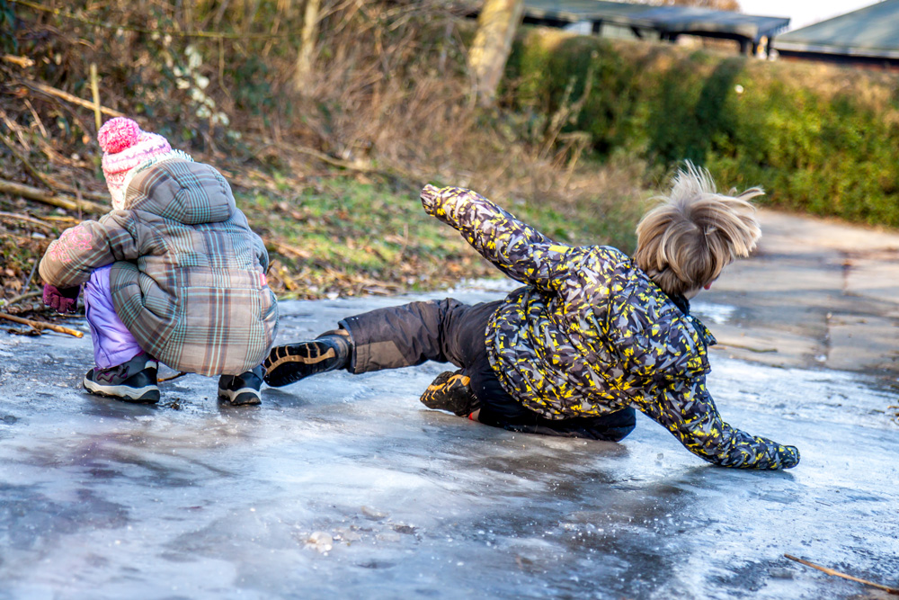 Falling Common Winter Injuries & How to Prevent Them